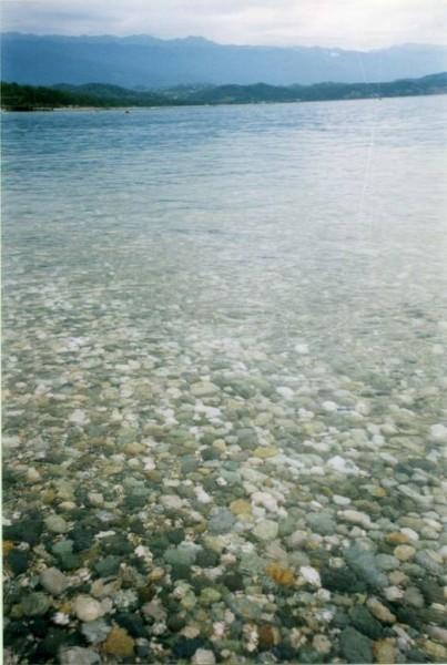 Прозрачные воды Пицундского залива